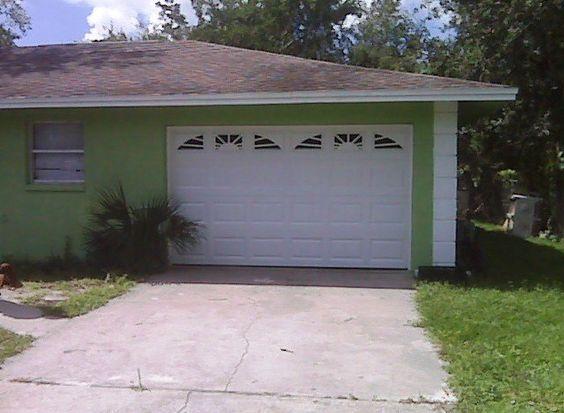 Residential Steel Garage Doors Company In Fort Myers Fl Garage Doors Garage Doors For Sale Residential Garage Doors