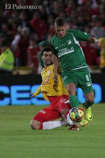 Deportivo Cali cerró con empate en Bogotá ante Santa Fe Los azucareros cerraron su participación en la Liga Postobón I con un empate ante los capitalinos, y quedaron terceros en la tabla de posiciones del grupo A con 7 puntos.