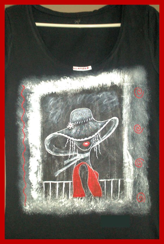 Camisetas para mujer pintadas a mano. Manga larga, corta o tirantes. Hasta la talla 60. www.facebook.com/talentopor2 www.talentox2.es #camisetapintada, #camisetas, #camisetasmujer, #talentox2, #pinturatela, #camisetaspintadasamano, #pintadoamano, #handpainted, #fashion, #style