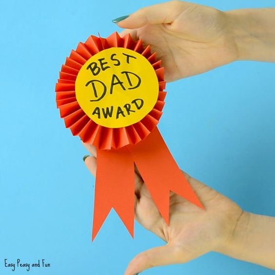 So you have the world's best dad in you home and he deserves some recognition? Why not have the kids make this award ribbon craft that's just perfect for Father's day. We think this is such a cute Father's day craft idea but naturally this award ribbon diy will make anyone's day just a little …