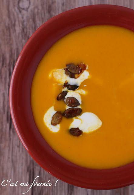 C'est ma fournée !: La soupe au potimarron, safran et orange d'Ottolenghi, et ses graines de courges caramélisées
