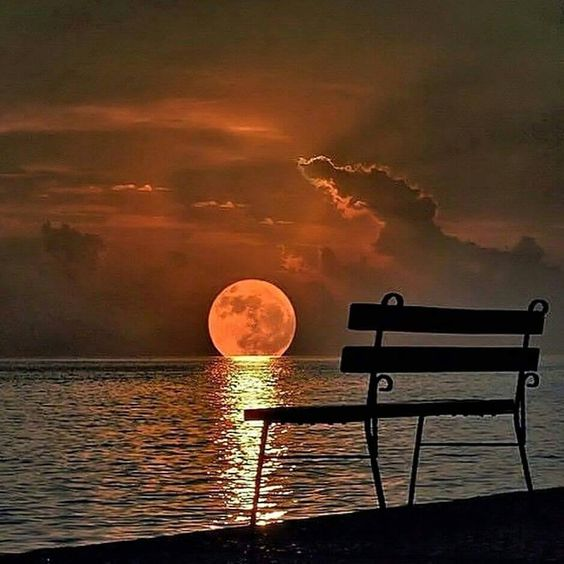 Beautiful moon, sunset, ocean combo. Can't get enough of something like this.