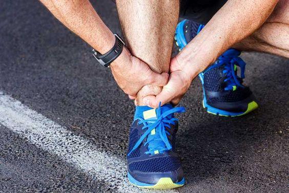 Lesioni Caviglia: Dolori, Cause, Trattamento, Come Tornare a Correre >>> http://www.piuvivi.com/fitness/lesioni-caviglia-dolore-cause-trattamento-correre-di-nuovo.html <<<