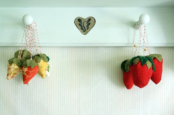 Strawberry Pincushions (tips on how to make them and pattern resource) - Why Not Sew? Quilts