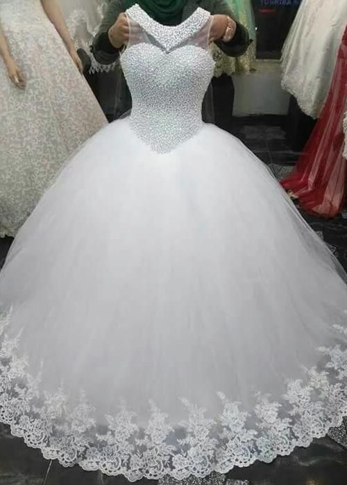 Simple Wedding Dress Exquisite Tulle Jewel Neckline Ball Gown