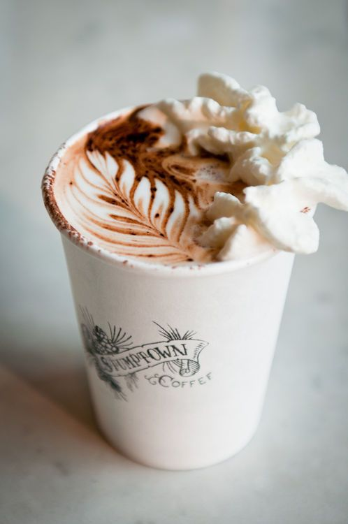 That Coffee House... most attractive latte   I have ever seen