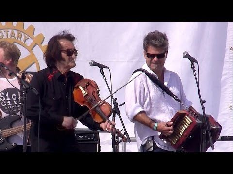 Doug Kershaw & Steve Riley - 5.28.2016 Simi Valley Cajun & Blues Music Fest. - http://music.tronnixx.com/uncategorized/doug-kershaw-steve-riley-5-28-2016-simi-valley-cajun-blues-music-fest/ - On Amazon: http://www.amazon.com/dp/B015MQEF2K