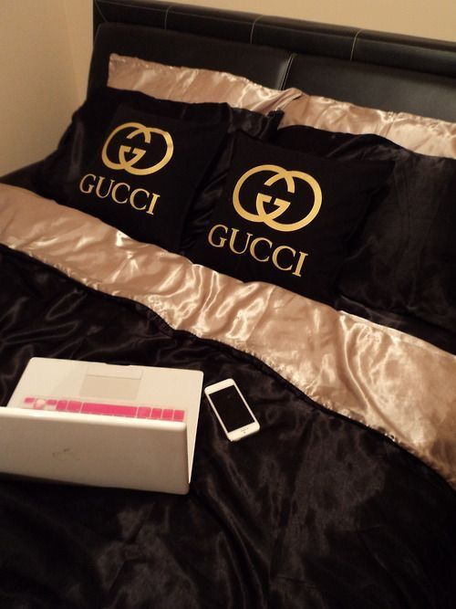 Pin By Adowa Ahenma On C O N D O Gucci Bedding Bed Linens Luxury Designer Bed Sheets