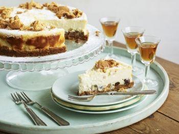 Cheesecake cu amaretti și stafide - Good Food Romania