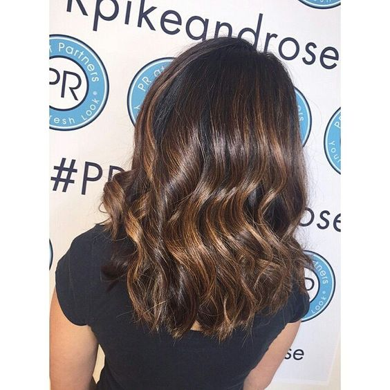 https://flic.kr/p/uECQnh | @Regrann from @johanna.thehairdresser  -  #dimension #color #highlights #handpainted #ombre #balayage #caramel #haircolor #lob #hairbyjohannam #pratpartners #prpikeandrose #wavy #styled #brunette #caramel #color #Regrann