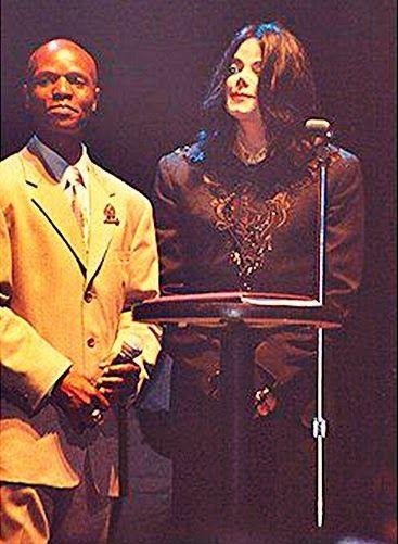 Cartas a Michael: Un partido'' 30 Años de Magia''