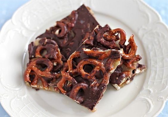 pretzel-bark-1