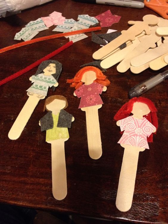 Making mini puppets for a lesson on Ruth, Naomi, and Boaz ...
