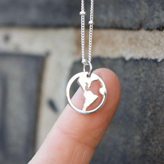 Welt Karte Halskette Anhänger aus Sterling Silber von sevgijewelry