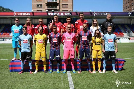 Ceci est le nouveau Maillot de foot Eibar pas cher pour la saison 2016/2017;: