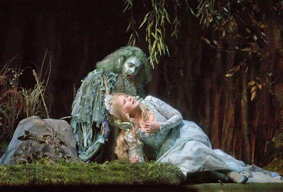 As 'Rusalka,' Renée Fleming shines in Dvořák opera at the Met