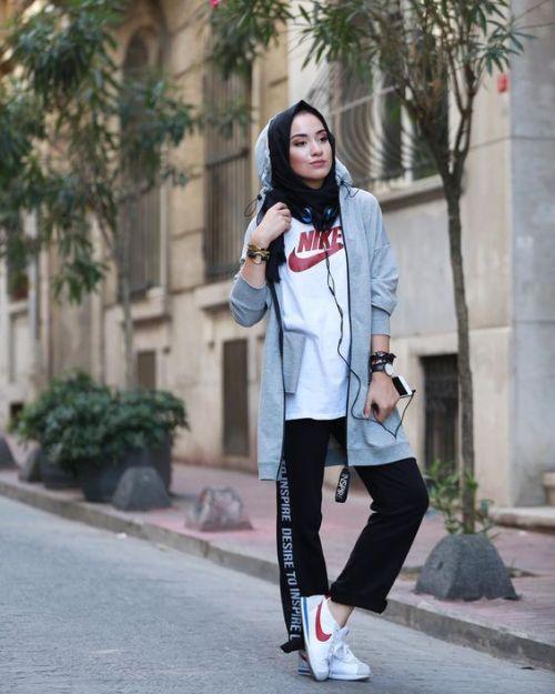 Sporty hijab street style   Street hijab fashion, Street