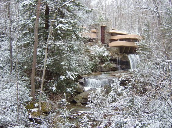 Fallingwater_in_winter2