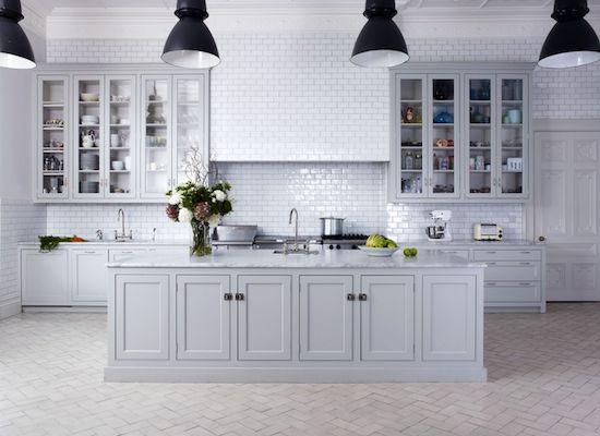 Herringbone-floors-in-kitchen.png 550×400 pixels
