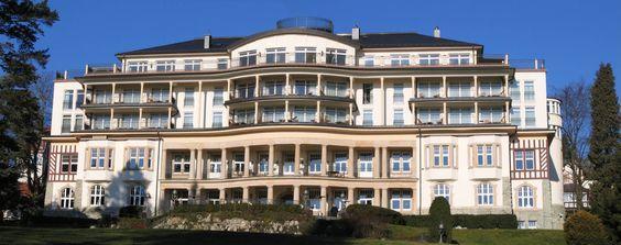 Description Kempinski Hotel Falkenstein Jan05.jpg