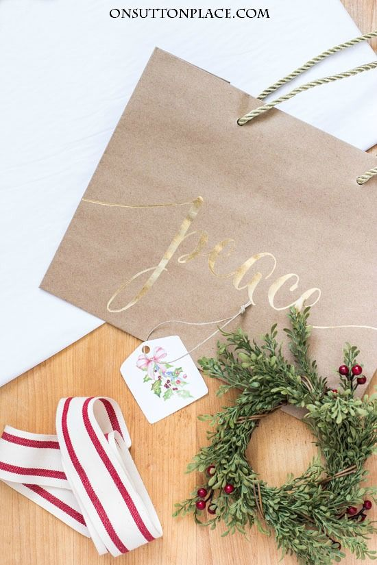 Homemade Christmas Gift Ideas | From your kitchen! Easy homemade gifts that package well and will delight your family and friends.