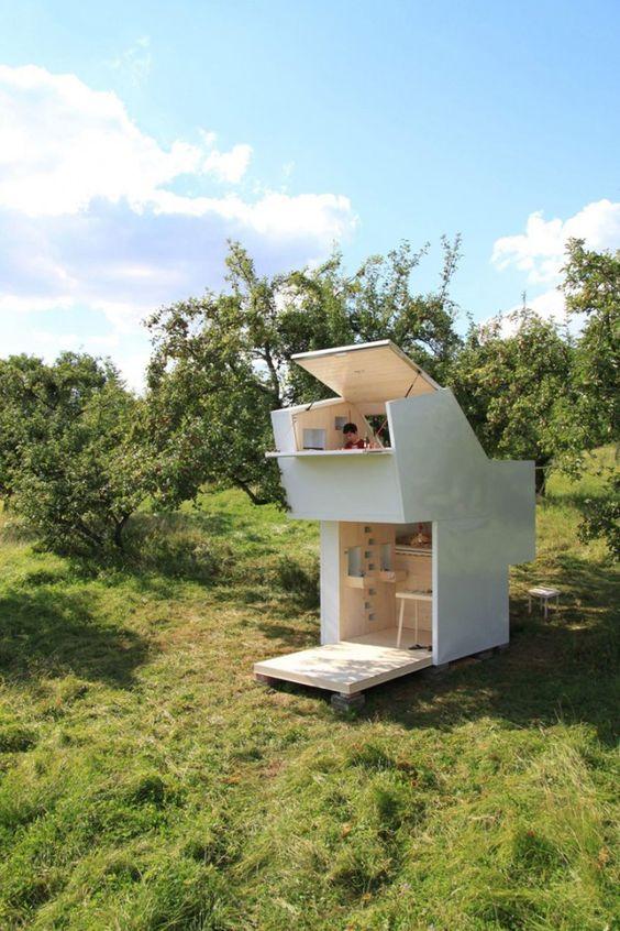 Le studio Allergutendinge s'est inspiré de la vision des anciens grecs sur l'Arcadie comme un jardin d'éden et un havre de paix, pour réaliser ce module architectural.