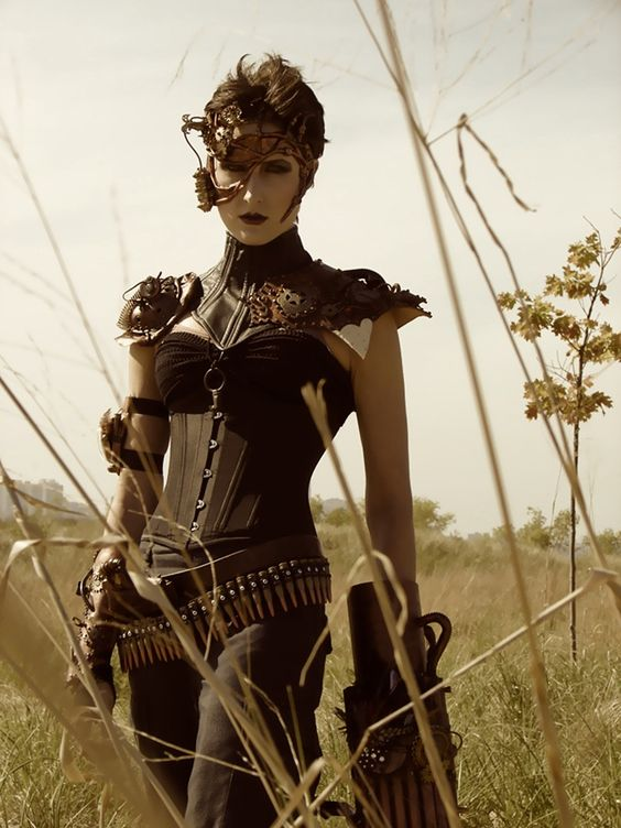 "turner-d-century:    biluxi:    SteamPunk Specialist    Carolina ""the Crusher"" of My Steampunk Army."
