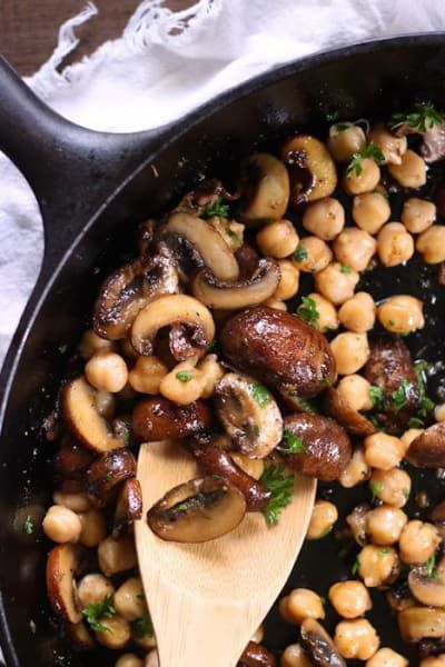 14 Protein-Packed Dinners Made With A Can Of Chickpeas