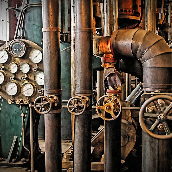 Old Engine Gears : Steampunk « the old pumping station steam engine
