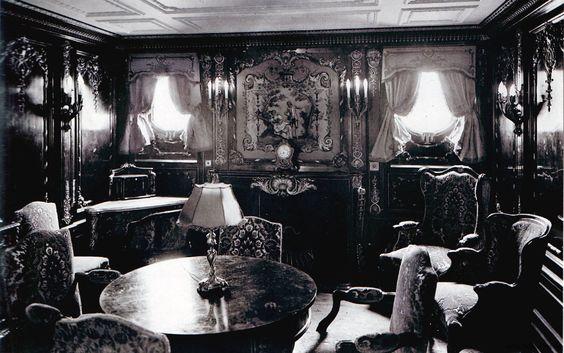 Privado de camarote imperial del Titanic - Primera clase: Photos Travel History, History 4Me, Parlour Suite, Titanic Rooms, Sitting Rooms, Rms Titanic, Titanic History