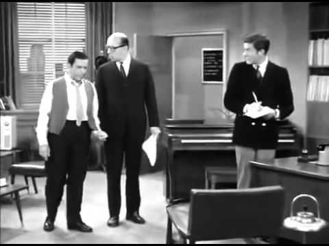 The Dick Van Dyke Show S2 E8 - YouTube