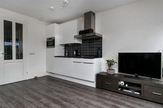 Kleine keuken ideaal voor een appartement of studio rechte keukens pinterest studios - Mini keuken voor studio ...