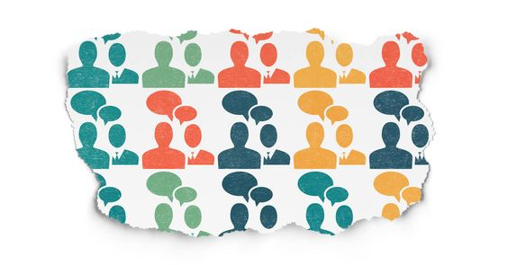 Weihnachten steht vor der Tür, das Jahr 2015 neigt sich dem Ende zu, höchste Zeit also für einen kleinen Ausblick. Beginnen wir die Ausblickreihe mit dem Thema Community Management von Facebook Seiten. Ich habe mich dazu mit Björn Tantau (Facelift), Thomas Meyer (swat.io) und Mike Wattrodt (SOCIFY)