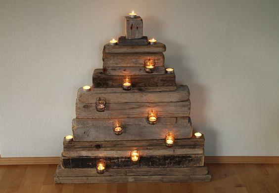 Treibholz weihnachtsbaum christbaum von wasserholz auf for Weihnachtsdeko aus paletten