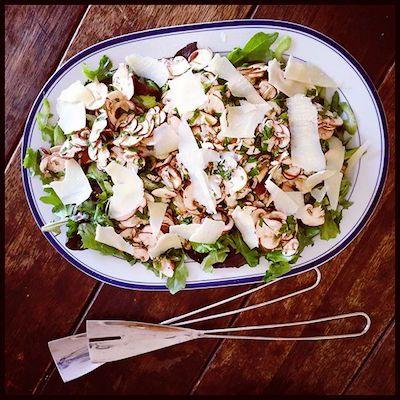 salada de cogumelo & salsão