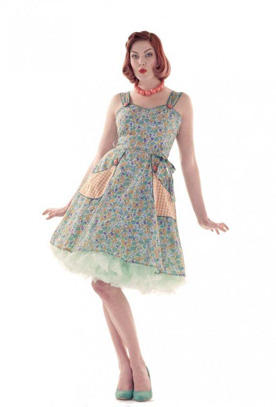 Love ur Look Clothing & Vintage » Ditsy Floral Print Dress