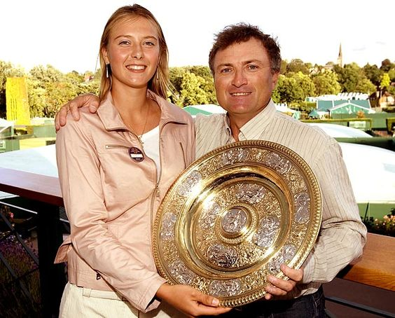 ... la siberiana ganó Wimbledon en compañía de su padre, Yuri Sharapov