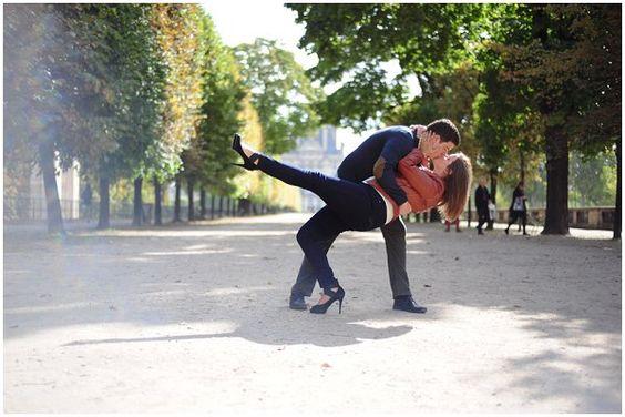 Romantic Portrait session in Paris - © Kyrstal Kenney Photography