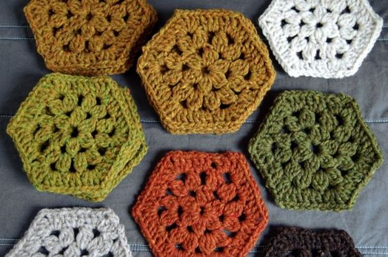 hexagon pattern, just lovely. I adore these, thanks so for share xox by denise.su
