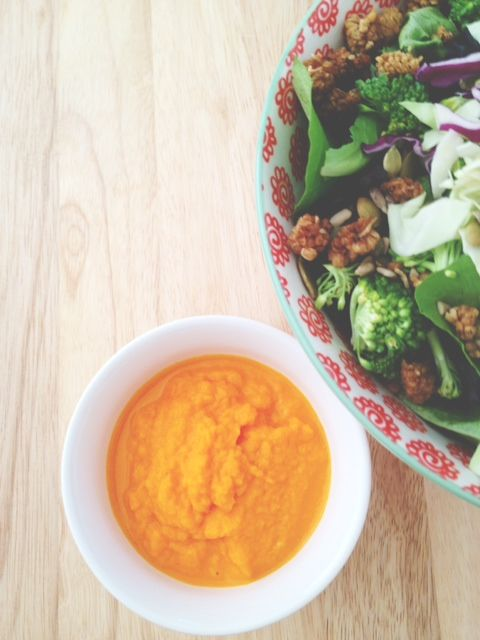 real raw kitchen: Carrot Ginger dressing and a South Beach salad: a recipe