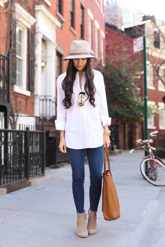 Such simple pieces; white blouse, skinny jeans, suede ankle boots & couple pieces of jewelry, but what a BANG UP look when combo'd together! With Love From Kat: