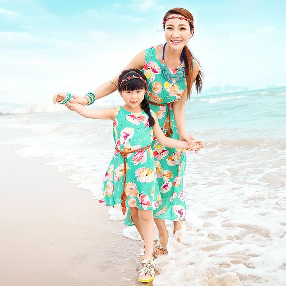 Mother and daughter family long dress clothes
