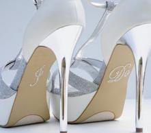 Unik Occasions - Pearl I Do Wedding Shoe Stickers - White