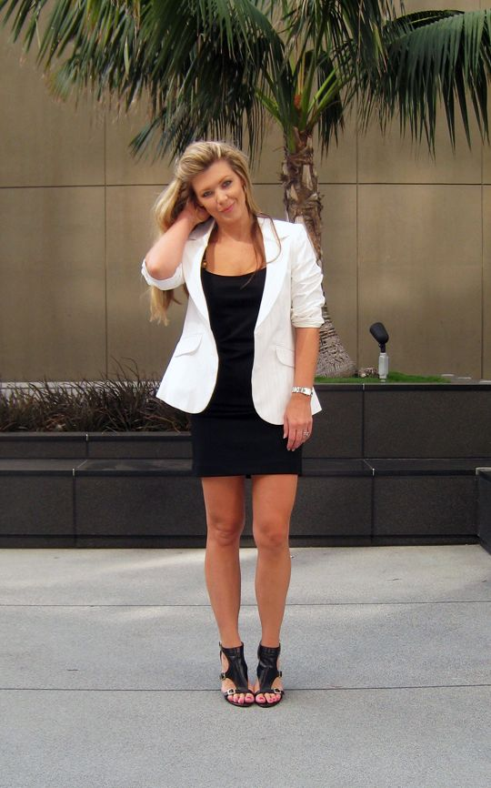Body con dress Body con and White blazers on Pinterest