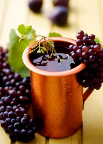 In recent years, the Greek wine industry has undergone enormous improvement with serious investments in modern wine making technology.
