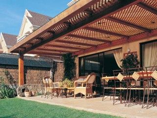 Techo para terrzas de madera para casas de campo for Techos de tejas para patios exteriores