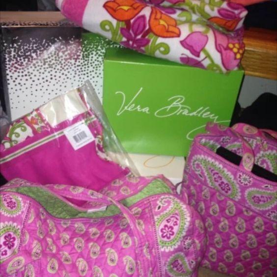 "Selling this ""Vera Bradley Bundle"" in my Poshmark closet! My username is: nicolefilomena. #shopmycloset #poshmark #fashion #shopping #style #forsale #Vera Bradley #Handbags"
