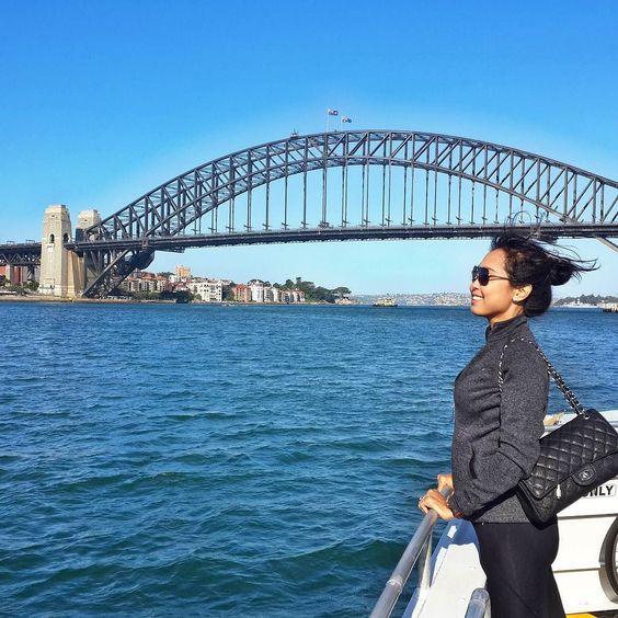Sea breeze.. #sydneyharbourbridge #sydney #australia #instatravel #travelling #vscocam #vscotravel #instagood #instadaily by arum_puri http://ift.tt/1NRMbNv