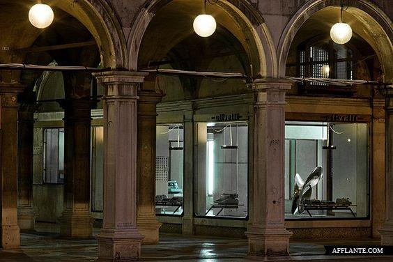 Negozio Olivetti // Carlo Scarpa | Afflante.com