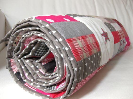 """Patchwork-Decke """"Sunday Morning N° 2"""" grau rosarot von Rosa4052 auf DaWanda.com"""